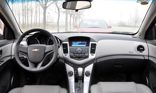 四款10-15万月销量过万紧凑级家轿推荐(4)