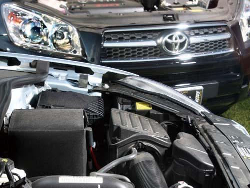 斯柯达Yeti对比试驾丰田RAV4 1.2L叫板2.4L