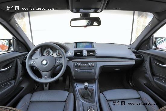 宝马1系M Coupe官图发布 扭矩可达500N.m
