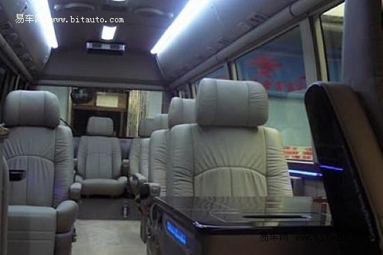丰田考斯特COASTER 30座保税区现车82万元