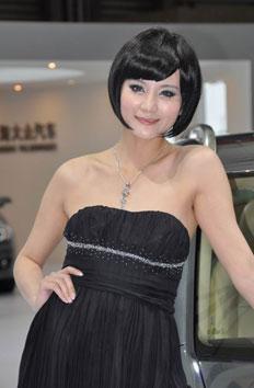 上海车展大众展台美女模特清纯可爱