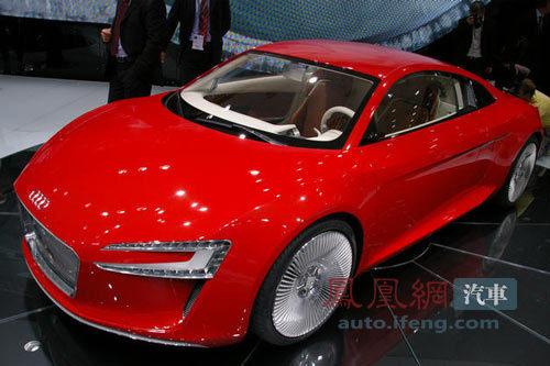 奥迪R8 e-Tron概念车亮相法兰克福车展