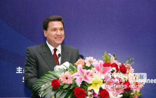 康明斯公司全球副总裁兼东亚区总裁华金声先生华金声:尊敬...