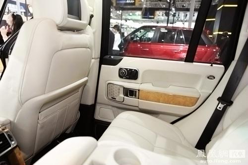 北京车展9款顶级豪华SUV 越野旅游环保多面手