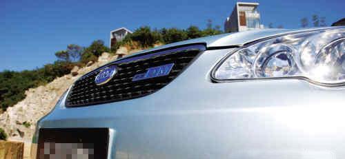 私人买新能源车加价5万 政府补贴针对企事业单位