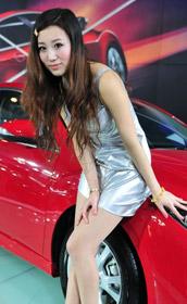 青岛车展美女车模