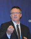英国卡迪夫大学汽车工业研究院负责人 Peter Wells