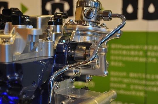 可变正时气门、正时链条等主流技术在Ecoboost发动机上同样得到了应用 而有望与这台2.0排量Ecoboost发动机搭档出现在国产车型上面的是一台PowerShift双离合变速器,尽管对于国内消费者没有DSG来得名声大,但是这台6速双离合变速器其实已经早就和国内消费者见面了,不过是搭载在