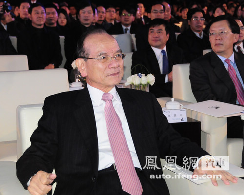 国民党副主席林丰正谈东风裕隆:中国人要在一起