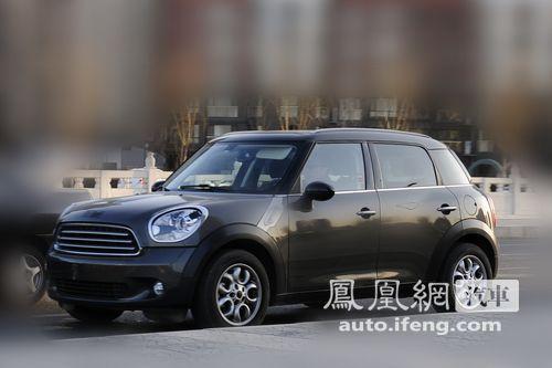 MINI首款SUV Countryman路试谍照曝光 明年上市