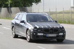 2014款奔驰E旅行车谍照 搭载5.5升引擎