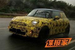 宝马3款车型国内路试曝光 或明年引入