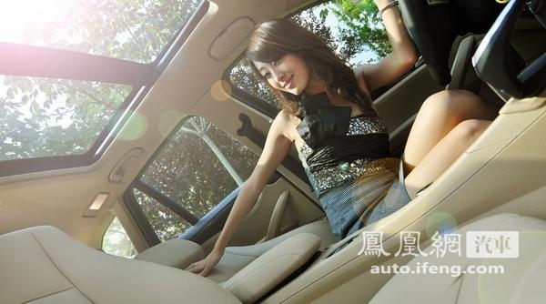 看美女车模各种性感撩人的姿势