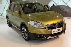 铃木S-CROSS上海车展发布 预计年内国产