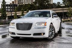 克莱斯勒推出300汽车城版 向底特律致敬