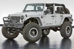 Jeep六款合作版SUV正式亮相 搭载V8引擎