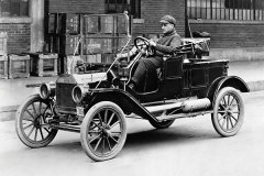 《经典车》福特百年历史的开创者-T型车