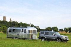 《房·车生活》轻便的顶级房车Airstream