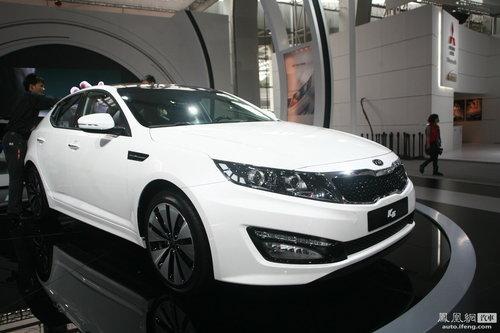 东风悦达起亚K5亮相广州车展 明年上市欲推7款车型