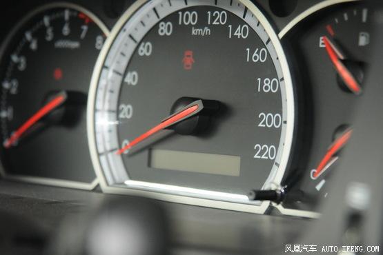 2010款雪佛兰景程1.8l手动舒适版高清图片