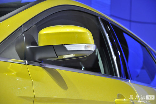 新一代福特福克斯售价公布 约合10.88-15.23万(2)