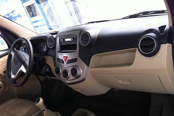 一汽佳宝V80 1.5L V80L将广州车展上市高清图片