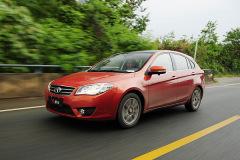 凤凰试东南V6菱仕1.5L CVT 高水平国货