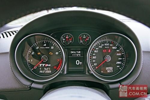 奥迪TTRS仪表盘-奥迪TT RS保时捷Cayman S日产370Z混战高清图片