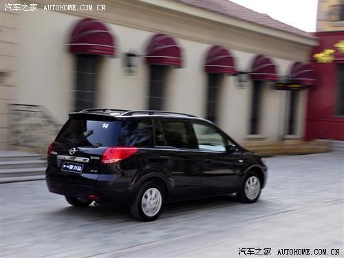 实用的7座车型 试驾海马汽车新普力马(图)(5)