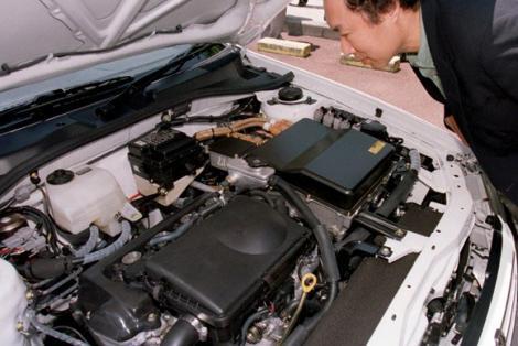 油电混合动力车的电池制造与回收真的够环保吗高清图片