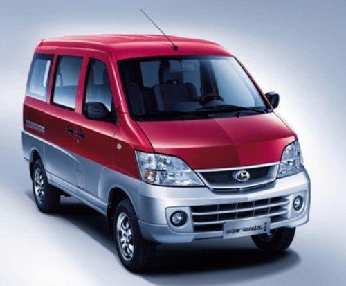 昌河汽车   的主打产品,昌河福瑞达微客凭借其高达685kg承载高清图片