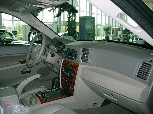 沈阳地区jeep大切诺基有现车 极致越野体验高清图片