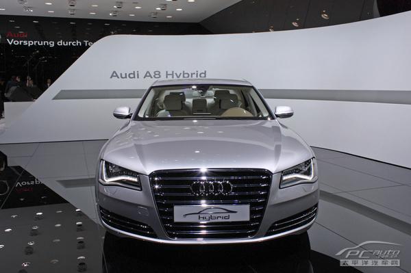 2012款奥迪a8油电混合动力版概念车亮相 高清图片