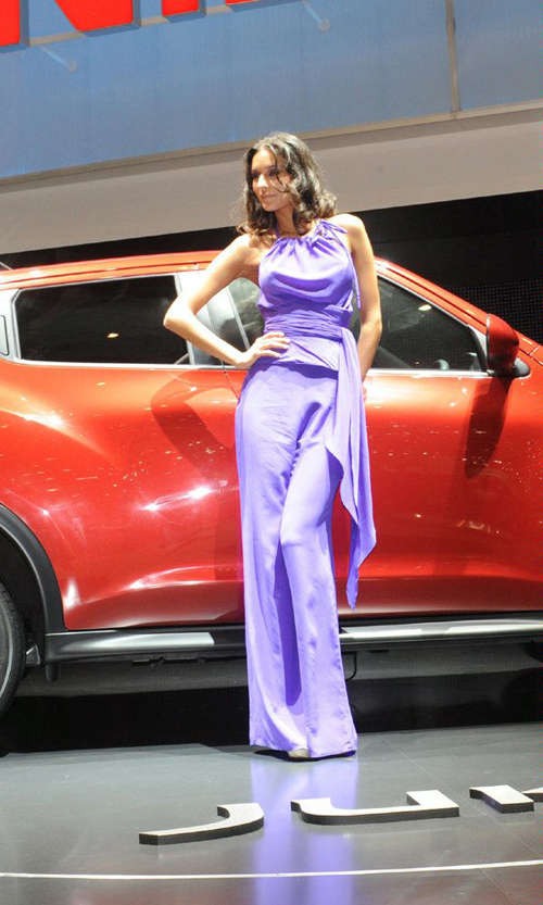日内瓦车展美女车模 汽车