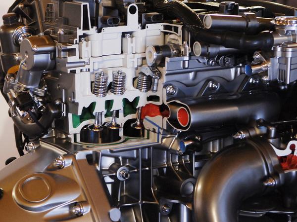 低碳宣言 pcauto试驾解析奔驰e260(3)
