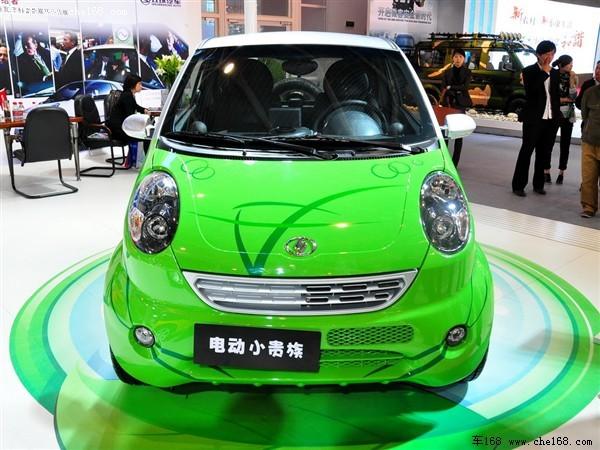 电动版双环小贵族是由双环与美国公司联合开发的一款电动车,高清图片