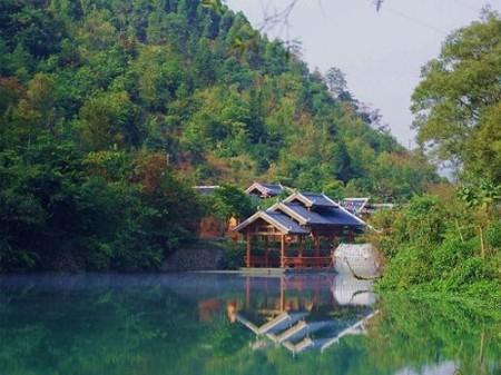 寻找凤凰湖 自驾去广西十万大山的八尺江中游(3)