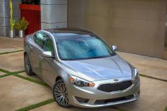起亚K7在美国价格上涨 因美国车市好转