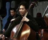 大提琴伴奏师调音