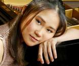 著名钢琴家王羽佳