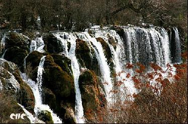 中国最美最壮观的十大瀑布\(组图\)\(3\)