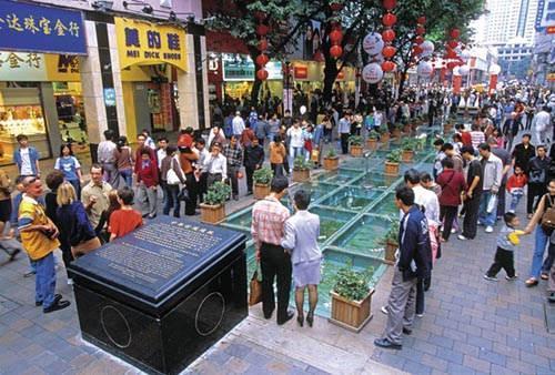 吃喝玩乐一站地 细数中国十大最著名购物街\(6\)