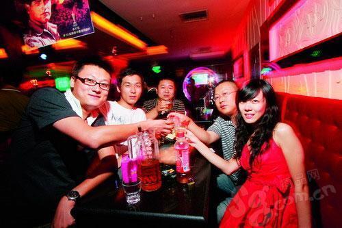 光棍节 狂欢在北京夜色酒吧