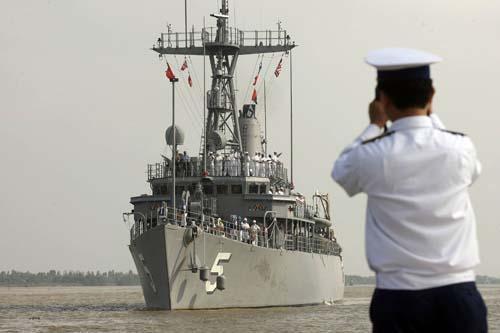 """争夺南海 越南强设""""长沙县""""始末"""