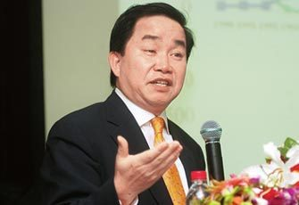 陈志武:要把中国GDP增速除以2才可跟美国比