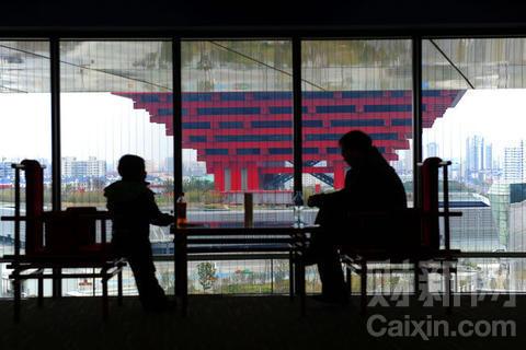 """美百名基金经理设赌局""""唱空""""中国 称中国成泡沫之母"""