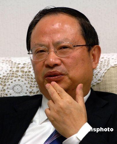 王建宙卸任中国移动董事长 奚国华接任