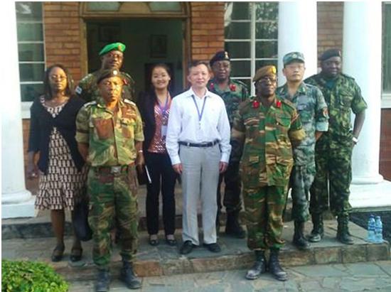 中国驻赞比亚大使馆武官何志坚到中色卢安夏参