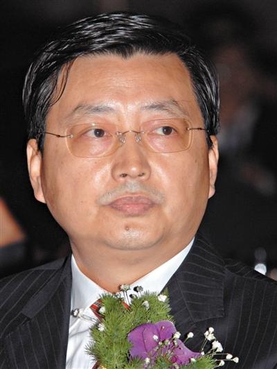 农行原副行长杨琨违纪被双开 或亦涉大连实德徐明案