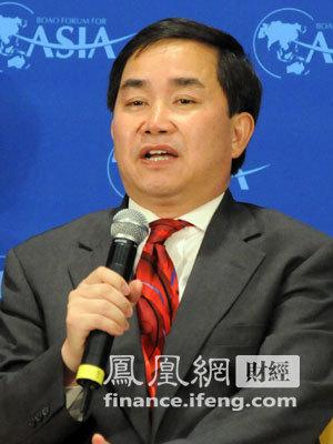 美国耶鲁大学金融学教授陈志武